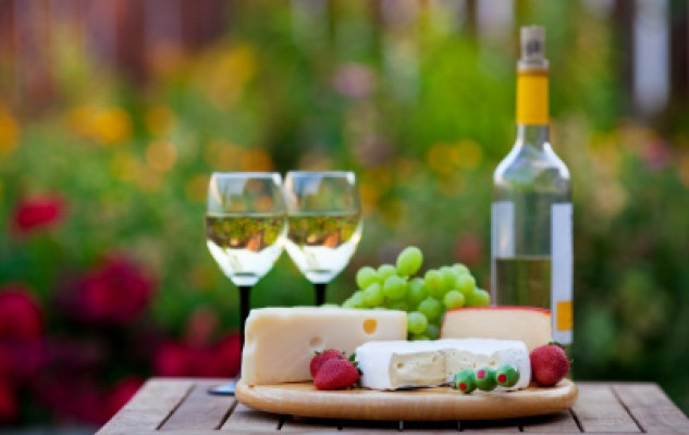 Tips to create the perfect wine and cheese pairings