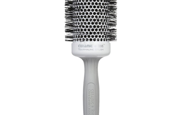 The round brush: The tool that makes hot hair cool