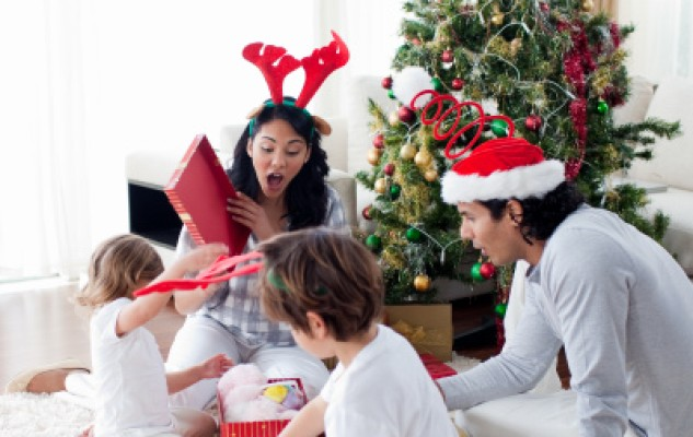 3 Tips to help your children manage their holiday loot