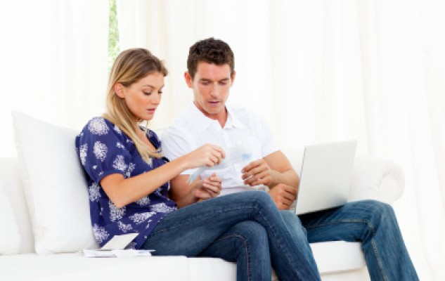 When couples fight about money: Shared finances or separate accounts?