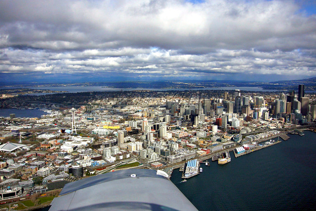 Aerial view of Seattle | Photo by thatguyric via Flickr | The Momiverse