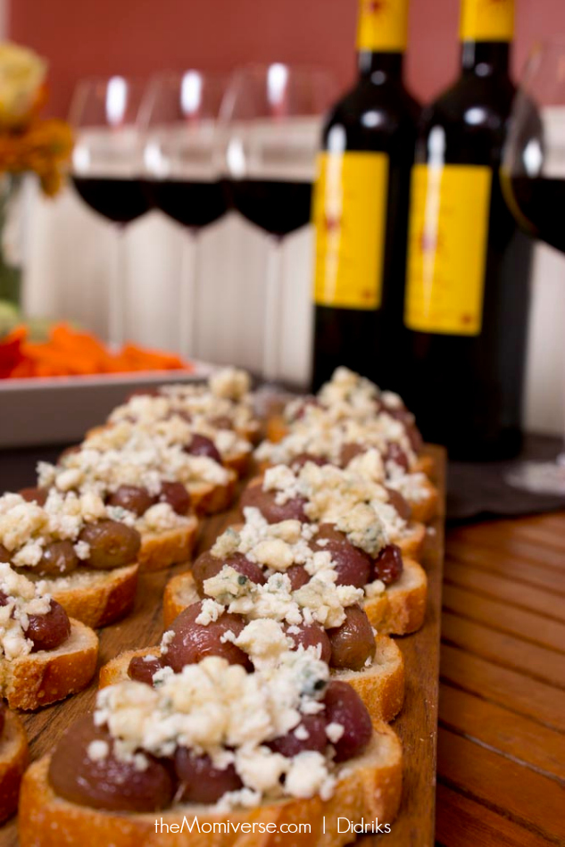 Wine and appetizers on JK Adams Board | Photo by Didriks | The Momiverse